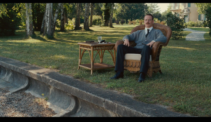 the final shot - reminiscent of The Godfather II?