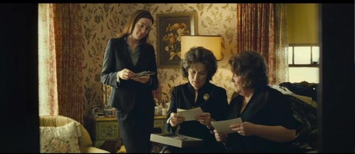 Nicholson, Streep and Martindale, a gossipy trio