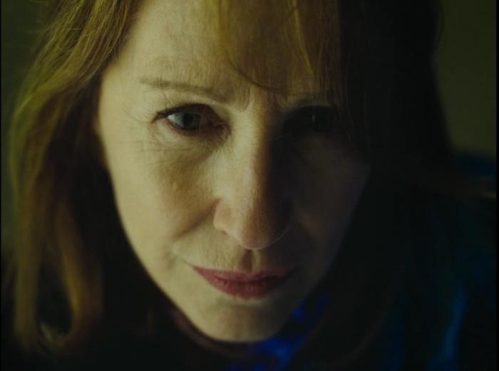 Nathalie Baye as Poupaud's mother