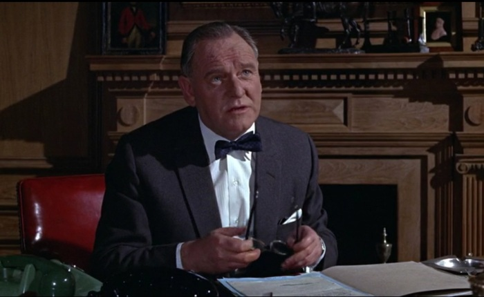 Bernard Lee as M