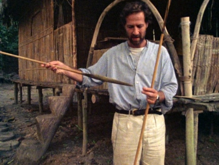 Herzog and the arrow with the blood
