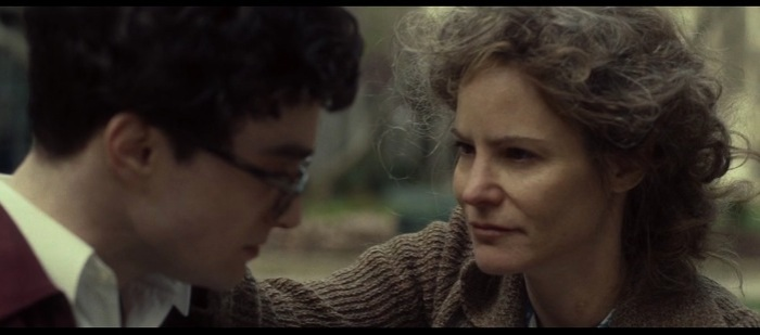 Jennifer Jason Leigh as Allen Ginsberg's mother